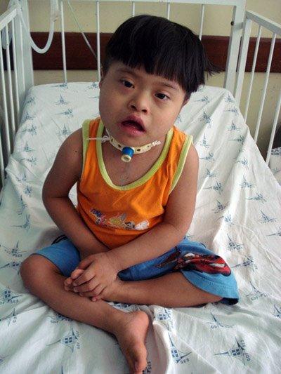 O pequeno Gil escapou do infanticídio no Xingu