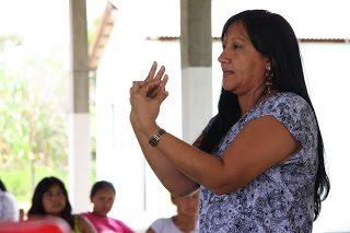 Mulheres indígenas se organizam na defesa de suas crianças